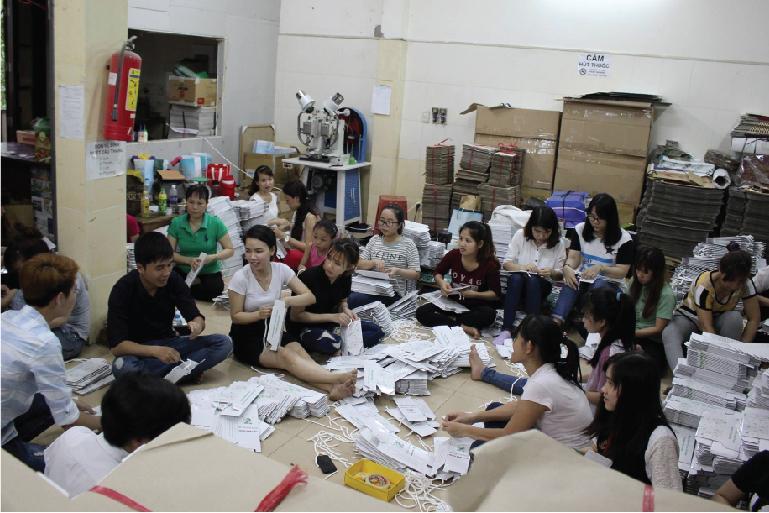 hoạt động sản xuất xưởng vua in